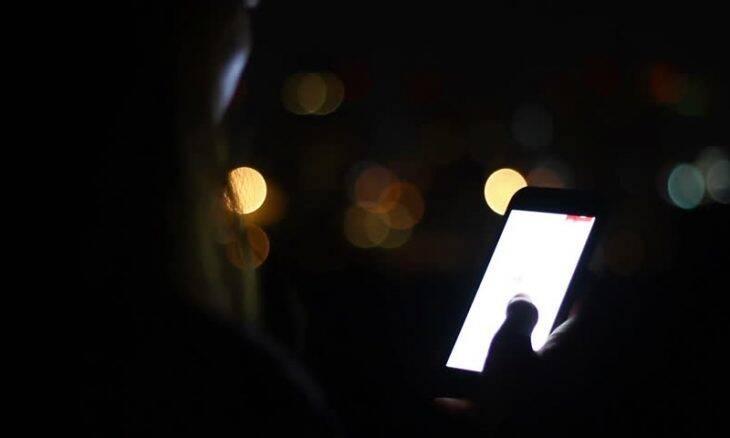Tinder e Grindr compartilham dados pessoais dos usuários, indica estudo