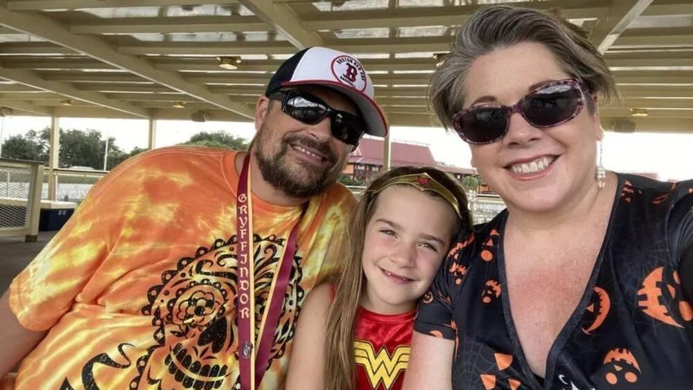 Lisa Troyer e sua família