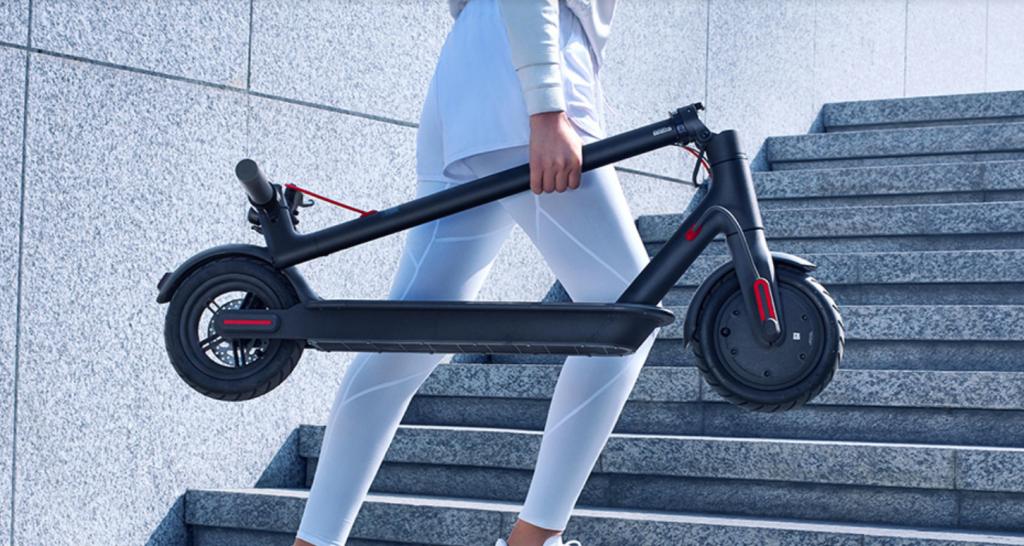 Novo patinete da Xiaomi roda até 30 km com uma carga de bateria