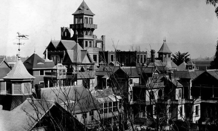 Uma das mansões assombradas mais famosas dos EUA oferece tour virtual