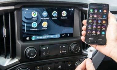 Android 11 irá padronizar Android Auto sem fio