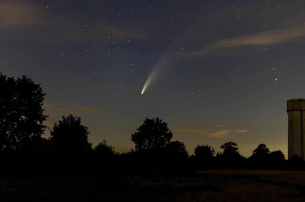 Pico de chuva de meteoros da poeira do cometa Halley será nesta semana. Foto ilustrativa: Pixabay