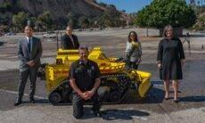 Bombeiro robô é usado pela primeira nos EUA