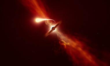 Telescópio captura momento em que buraco negro engole estrela