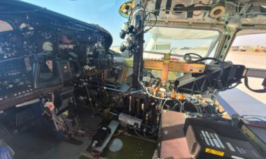Força Aérea dos EUA retoma voos com piloto robô