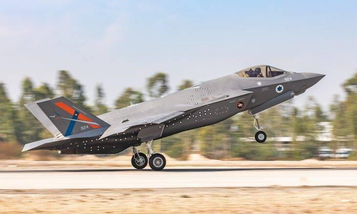Força Aérea Israelense recebe F-35I de testes