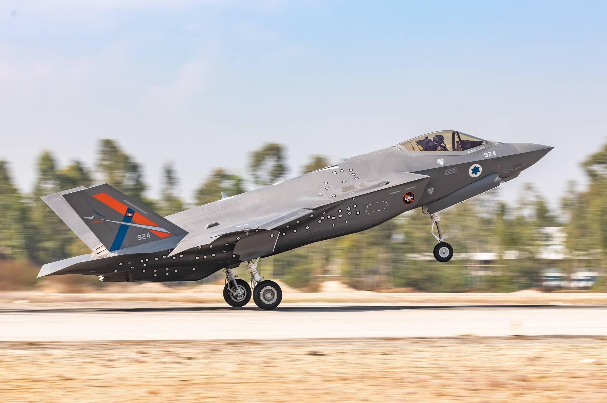 Ford Aérea Israelense recebe F-35I de testes