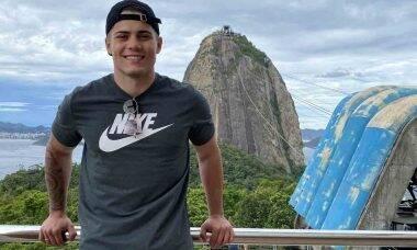Influenciador Gabriel Floriani vira inspiração para jovens que buscam independência