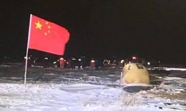 Cápsula chinesa retorna à Terra com rochas lunares