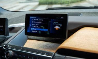 BMW e Mini introduzem uso da Alexa em veículos no Brasil