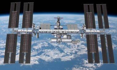 Boeing vai fornecer novos painéis solares para a ISS