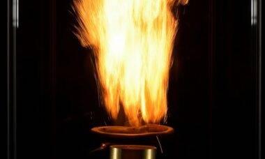 Cientistas estudam uso de aço como combustível em motores