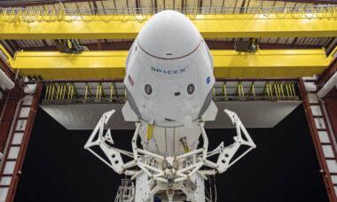 SpaceX planeja o 1º voo espacial com turistas para o fim deste ano