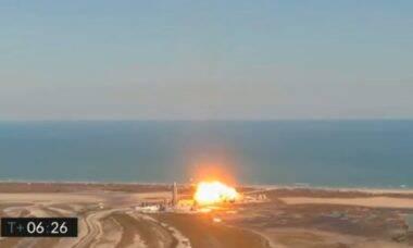 Protótipo de foguete da SpaceX explode na aterrissagem