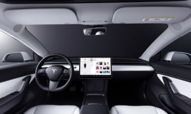 Elon Musk nega que carros da Tesla espionem para os EUA