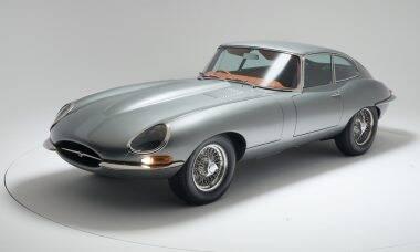Jaguar E-Type dos anos 1960 ganha toques de esportivo moderno nas mãos da Helm