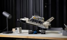Lego lança réplica do ônibus espacial Discovery construída em parceria com a Nasa