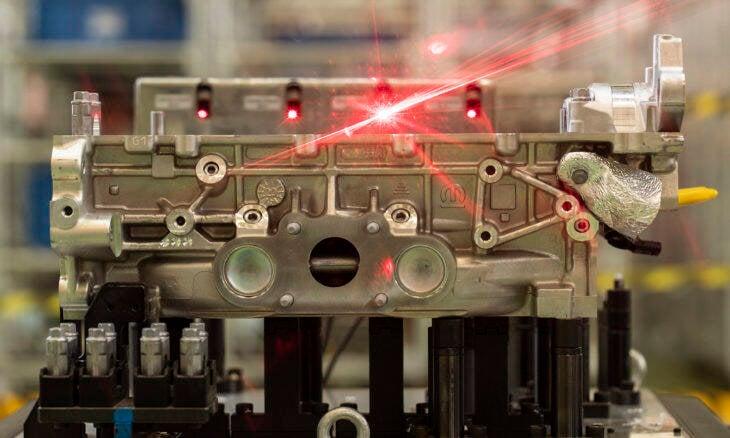 Stellantis revela novos motores turbo feitos em Minas Gerais