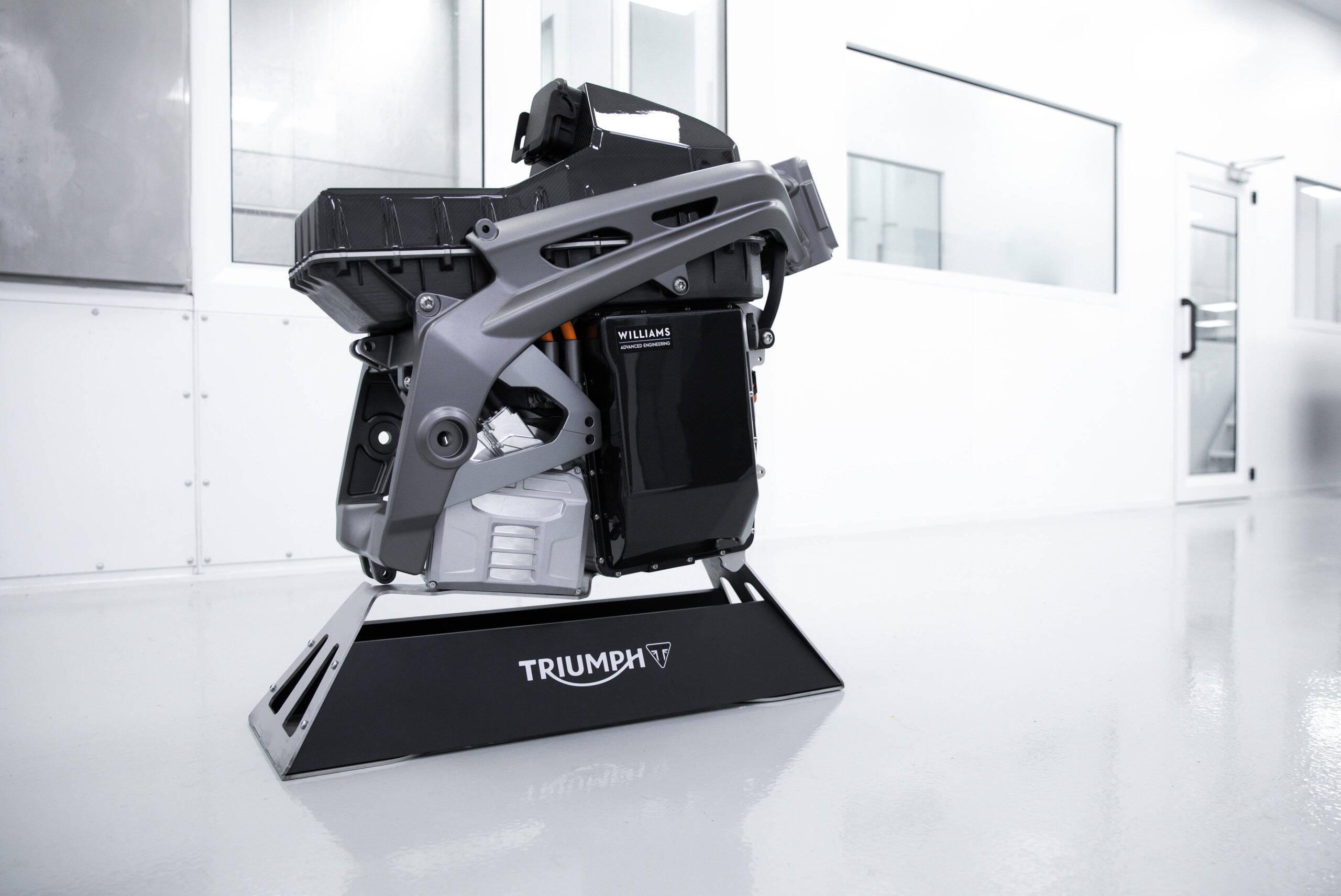 Triumph divulga esboço da futura moto elétrica da empresa