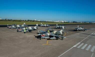 Embraer mostra em vídeo como foi a entrega dos A-29 Super Tucano para as Filipinas