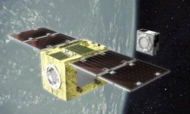 Satélite vai usar ímãs para capturar lixo espacial