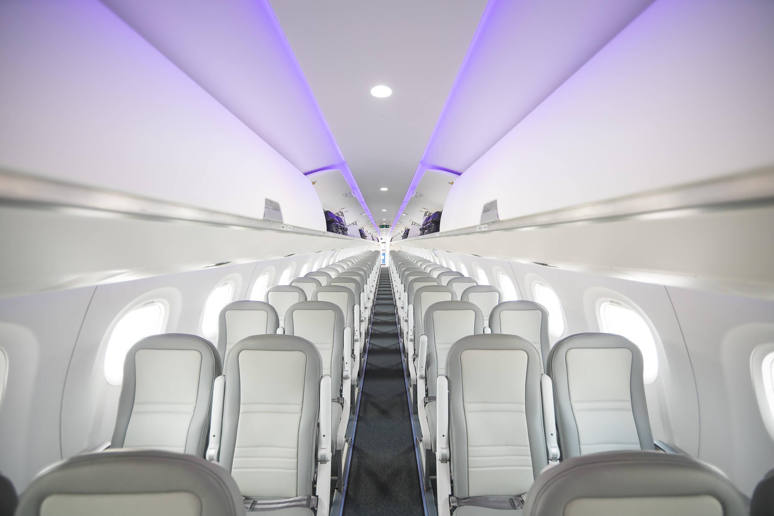 Embraer lança manual para uso de luz UV-C na higienização de aeronaves