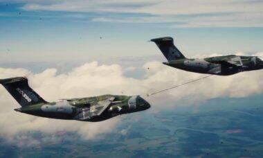 KC-390 Millenium: Embraer certifica reabastecimento em voo de duas aeronaves
