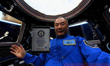 Astronauta da Estação Espacial entra para o livro dos recordes