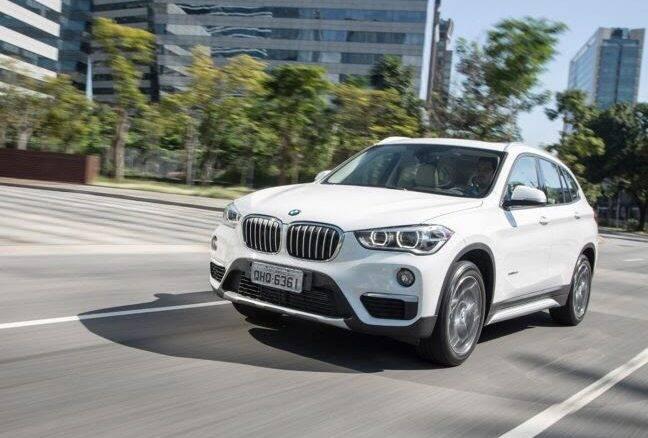 BMW X1 ganha conexão com Amazon Alexa