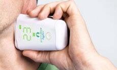 SUS britânico inicia uso de aparelho que elimina a dor de cabeça