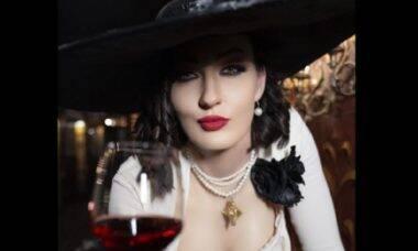 Modelo russa impressiona com cosplay realista de Lady Dimitrescu