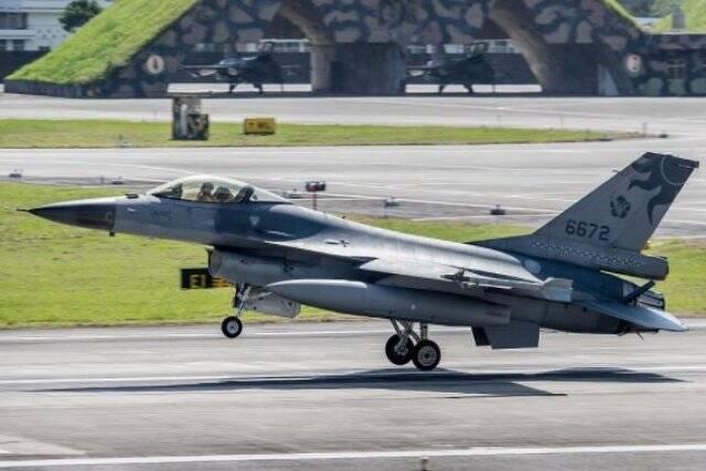 Caças F-16 de Taiwan terão sistema para evitar colisões contra o solo