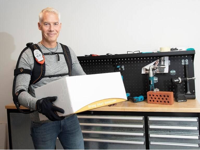 Empresa cria luva robótica que amplifica força do usuário