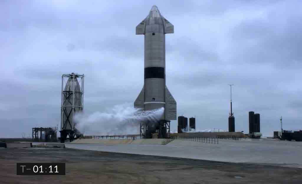 Foguete SpaceX SN15 completa voo com sucesso