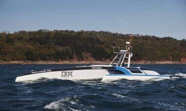 Barco autônomo da IBM inicia travessa do Atlântico; saiba como acompanhar a viagem