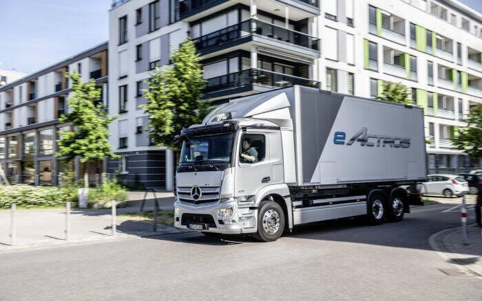 Daimler, Traton e Volvo se unem para criar eletropostos para caminhões elétricos
