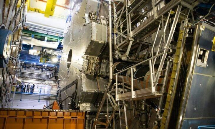 Brasil é aceito como membro associado do CERN