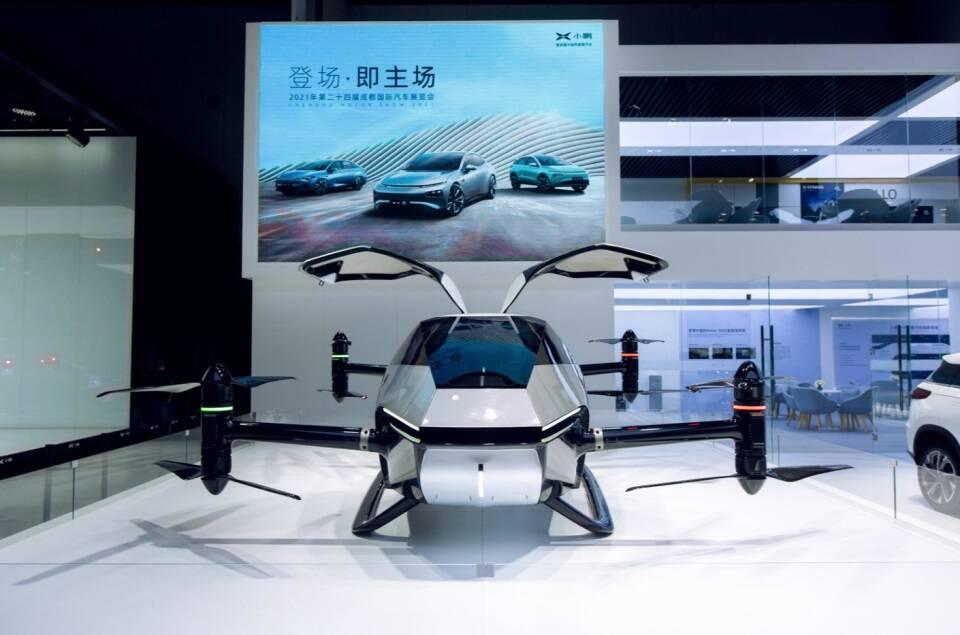 Chinesa Xpeng apresenta o carro voador Voyager X2