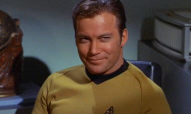 Blue Origin anuncia novo voo suborbital que terá o Capitão Kirk a bordo