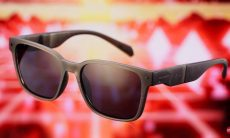 Chilli Beans lança óculos pendrive em coleção assinada por DJ Alok