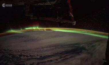 Vídeo: astronauta da ISS mostra uma aurora austral vista do espaço