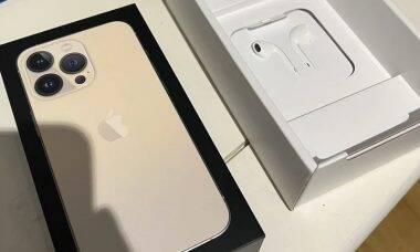 iPhone 13 chega ao mercado francês com fones de ouvido